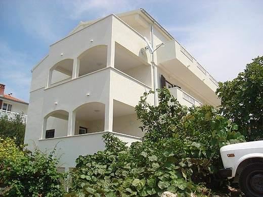 kuća2